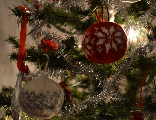 stickade julkulor