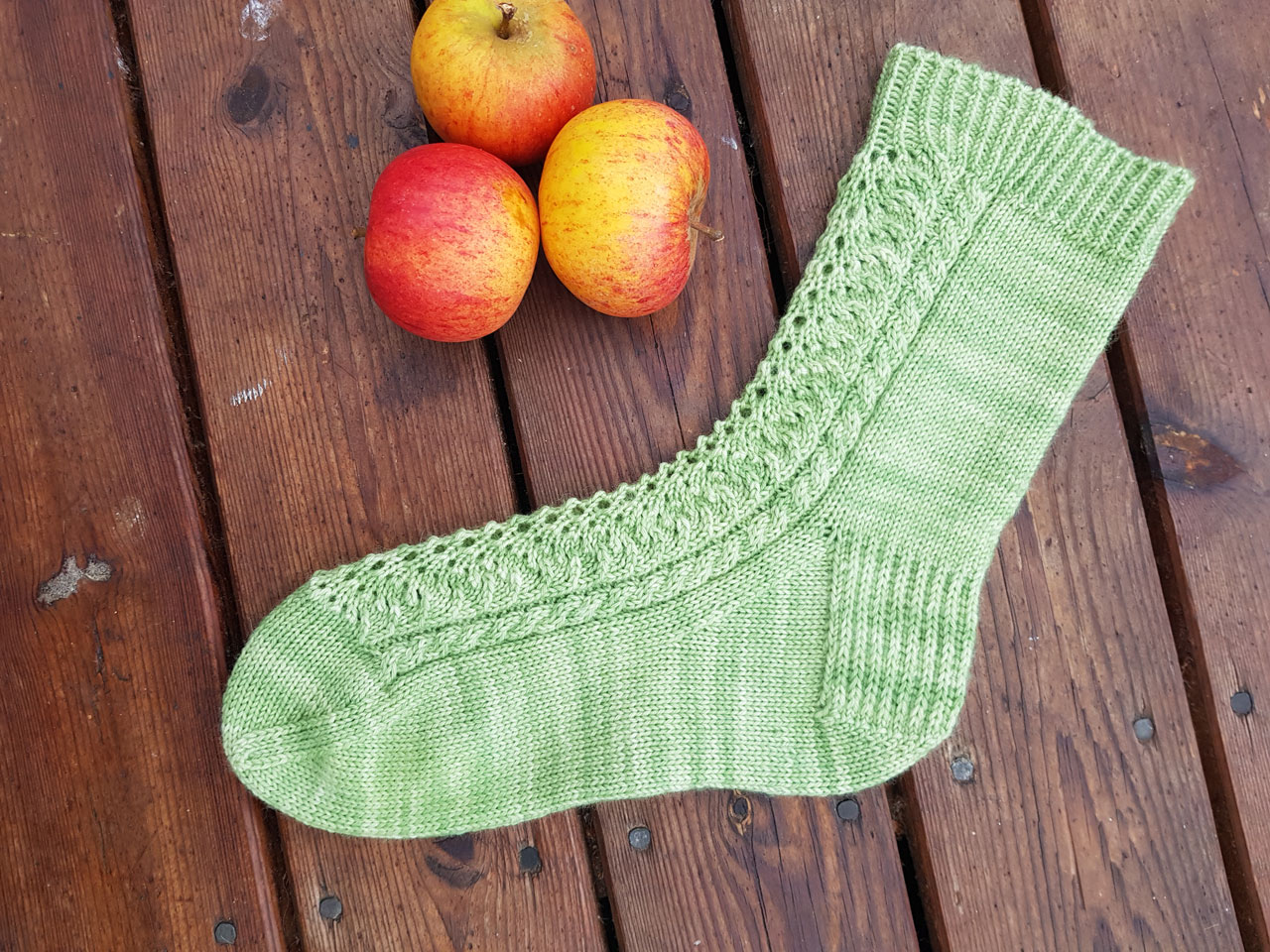 Cable Lace sock